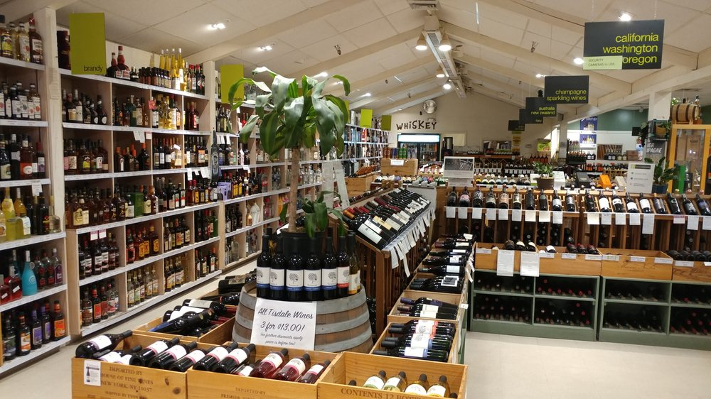 Fairview Wines & Spirits: 160 Fairview Ave, Hudson, NY