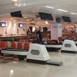 photos pour bowling front de seine yelp. Black Bedroom Furniture Sets. Home Design Ideas