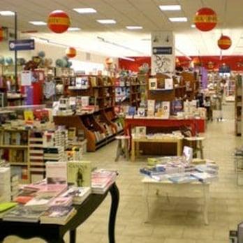 libreria grande - Buchhandlung - Perugia, Italien - Yelp