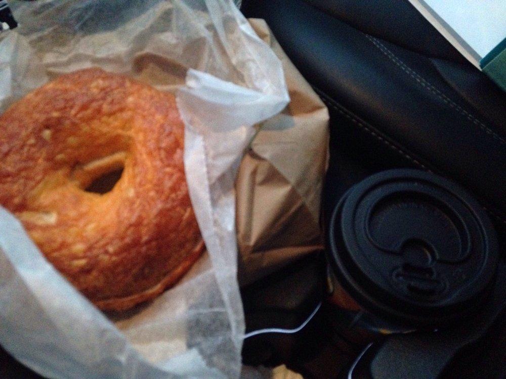 Between Rounds Bakery Sandwich Cafe
