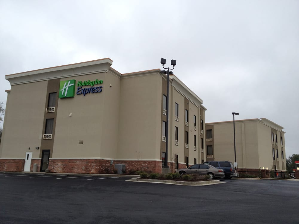 Holiday Inn Express New Albany: 300 State Hwy 30 W, New Albany, MS