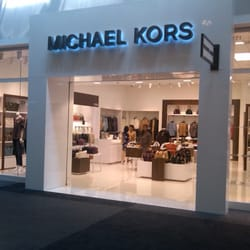 df4e5502169f Michael Kors Outlet - Accessories - 8111 Concord Mills Blvd