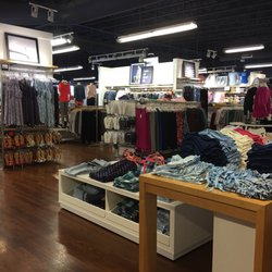 1ec992bed Gap Factory - 27 Reviews - Men's Clothing - 540 Ventura Blvd ...