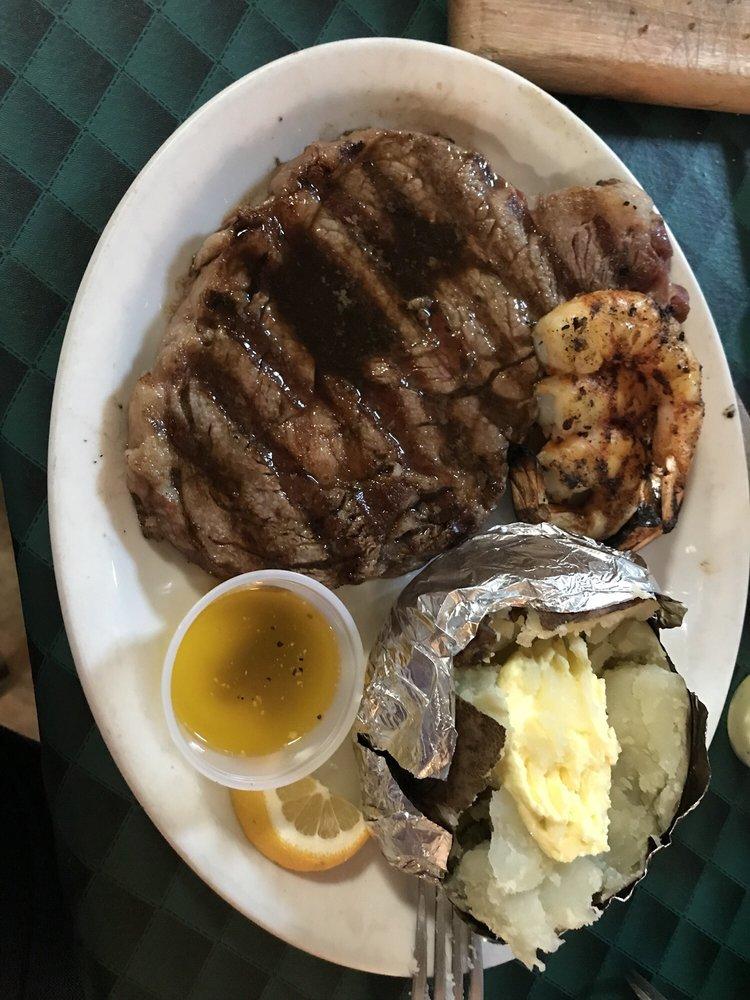 Bob's Steak House: 1710 Industrial Blvd, Cameron, TX