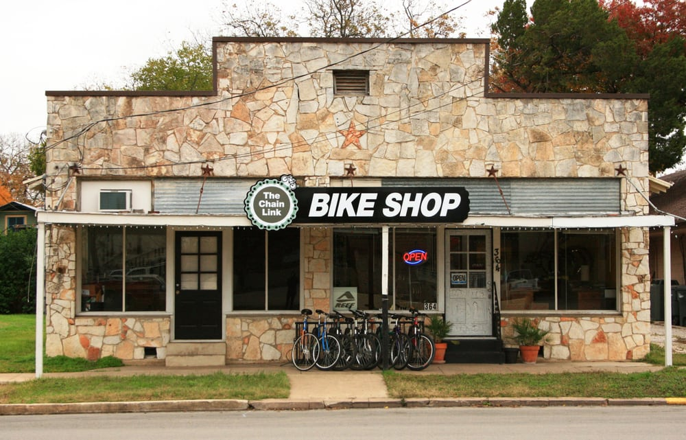 The Chain Link Bicycle Shop: 139 N Castell Ave, New Braunfels, TX