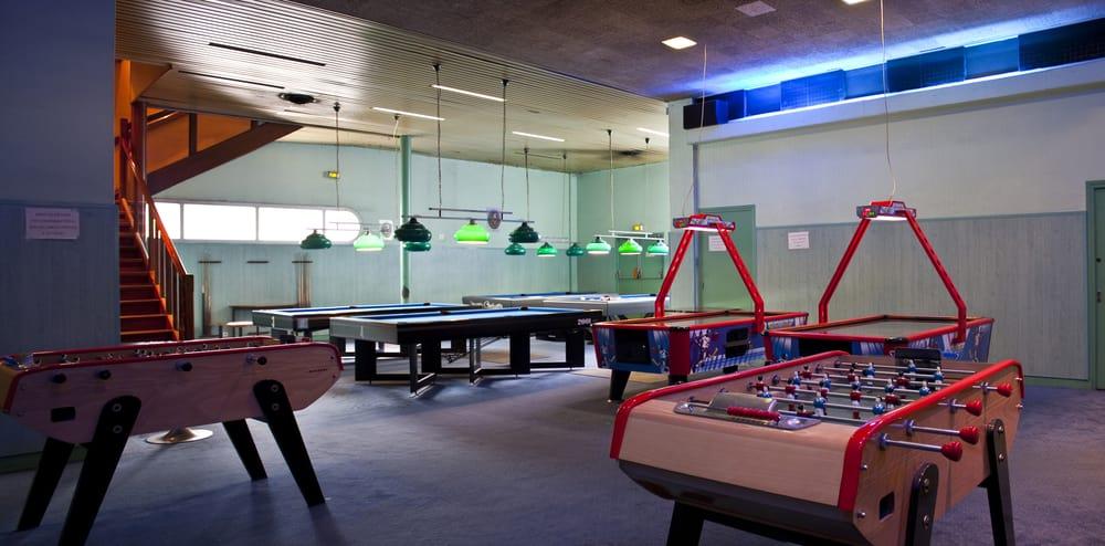 indy bowling bowling 6 avenue porte de la chapelle 18 232 me phone number yelp