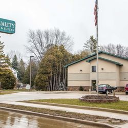 Photo Of Quality Inn Suites Marinette Wi United States