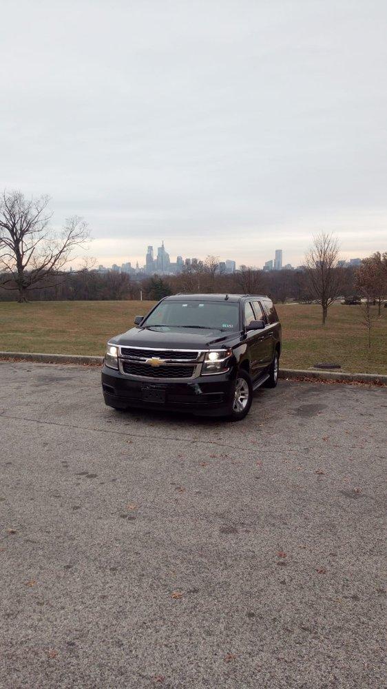 1 Luxury Limousine: Philadelphia, PA