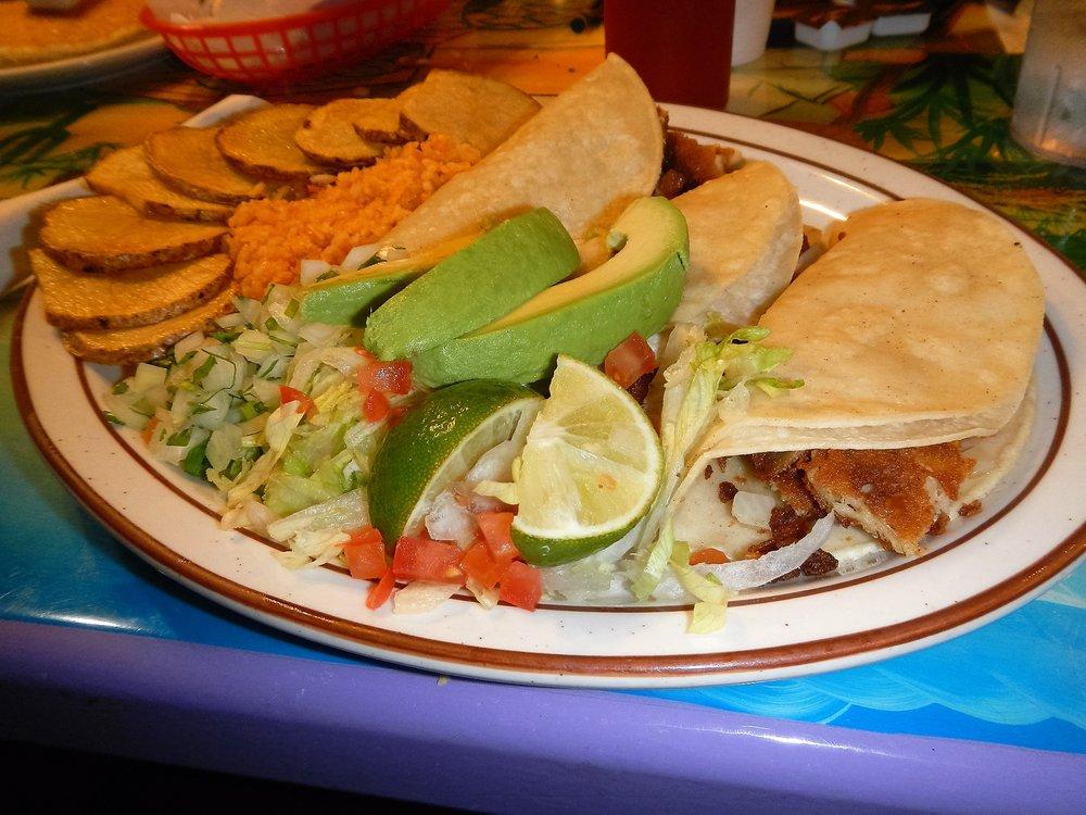 El Taco Loco II: 909 Carbondale Dr, Dacono, CO