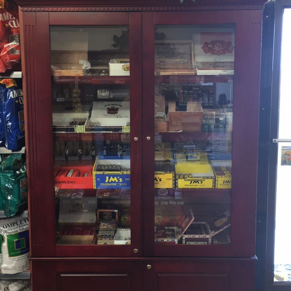 Cowlitz Tobacco Outlet: 31401 NW 31st Ave, Ridgefield, WA