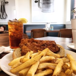 Finn\'s Southern Kitchen - CLOSED - 278 Photos & 201 Reviews ...