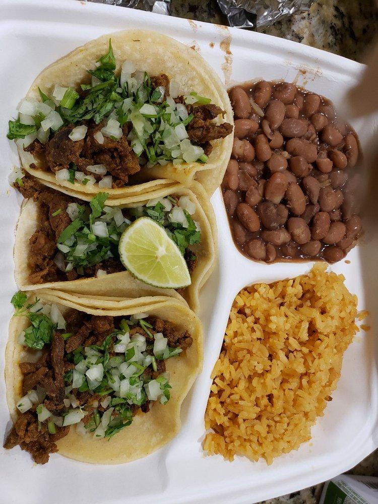 Bordertown Mexican Grill: 538 Peace Portal Dr, Blaine, WA