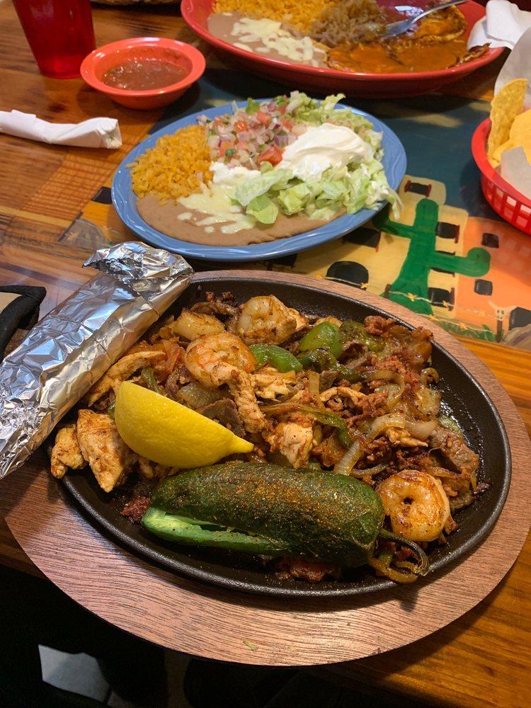 Guadalajara Mexican Grill: 2714 Hwy 14, New Iberia, LA