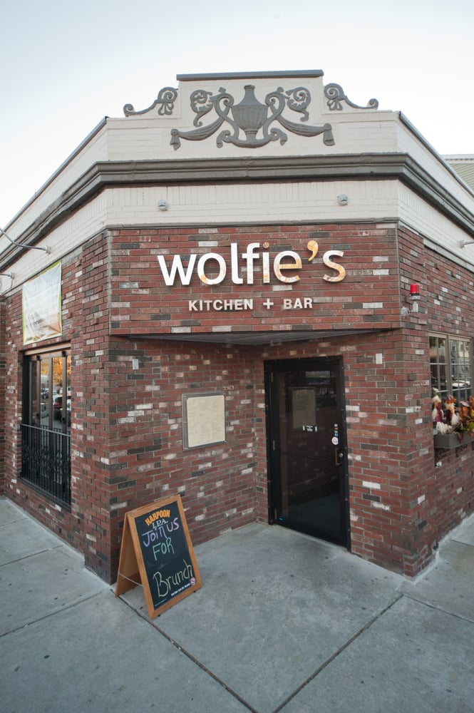 Wolfies bar restaurant closed 10 photos 46 reviews for American cuisine boston