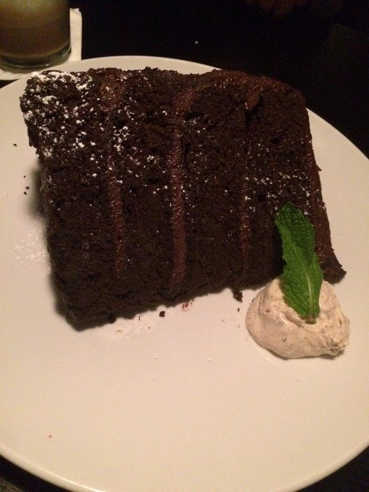 Destihl Chocolate Cake