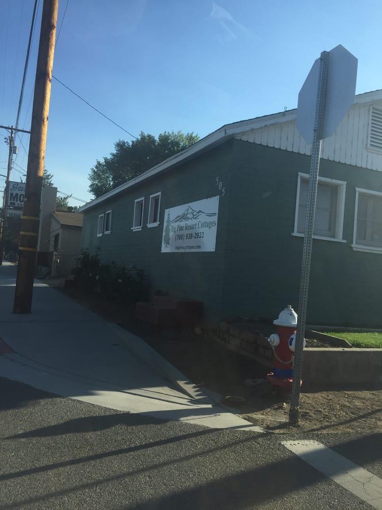 Big Pine Resort Cottages: 505 S Main, Big Pine, CA
