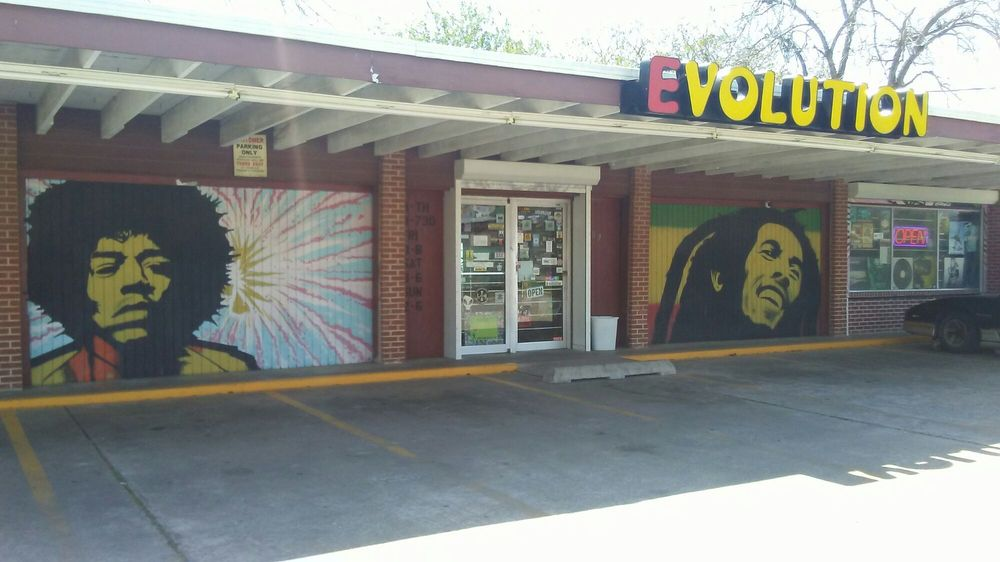 Evolution Records Tapes & More: 907 E Fayle St, Baytown, TX