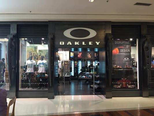 52f8316d9a8a1 Oakley Shopping Morumbi - Eyewear   Opticians - Avenida Roque ...