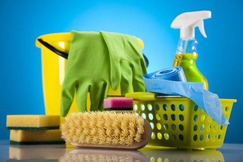 Mina's Nice & Clean: 618 E Harris Ave, San Angelo, TX