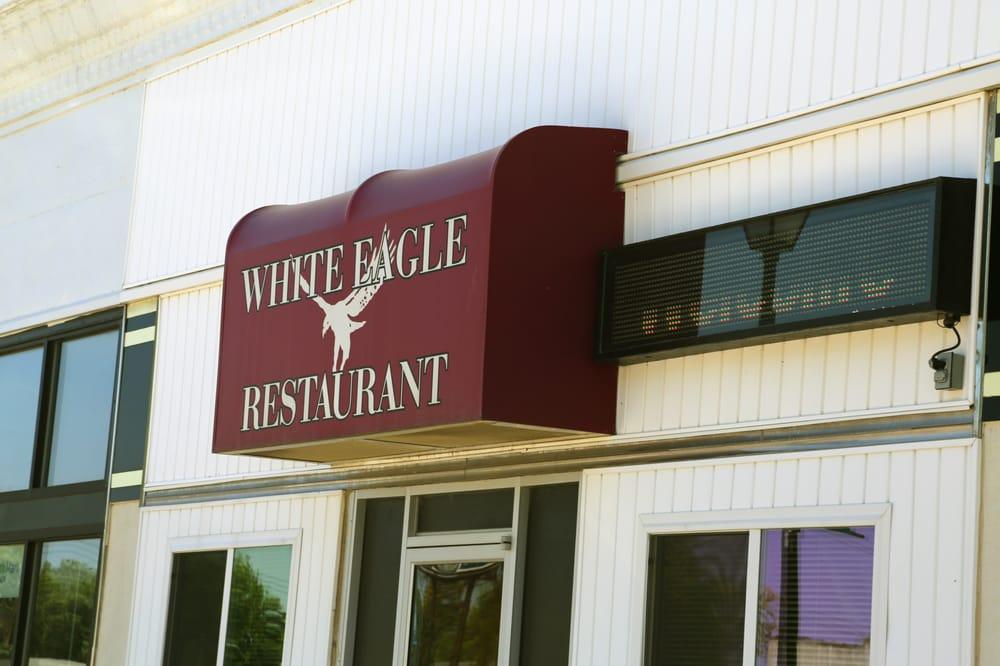 White Eagle Restaurant & Tavern: 425 Hawkeye St, Osceola, NE