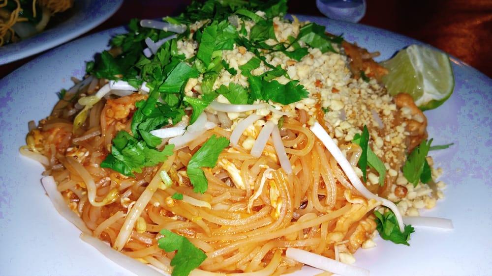 pad thai chicken yelp