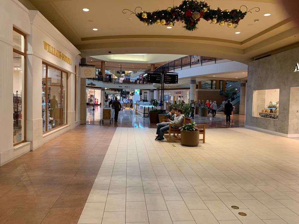 Des Moines Shopping >> Jordan Creek Town Center Gift Card West Des Moines Ia Giftly