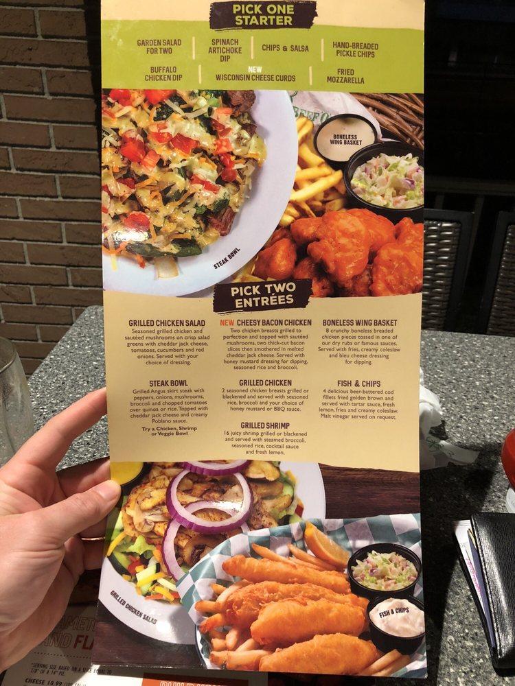 Beef 'O' Brady's: 502 N Temple Ave, Starke, FL