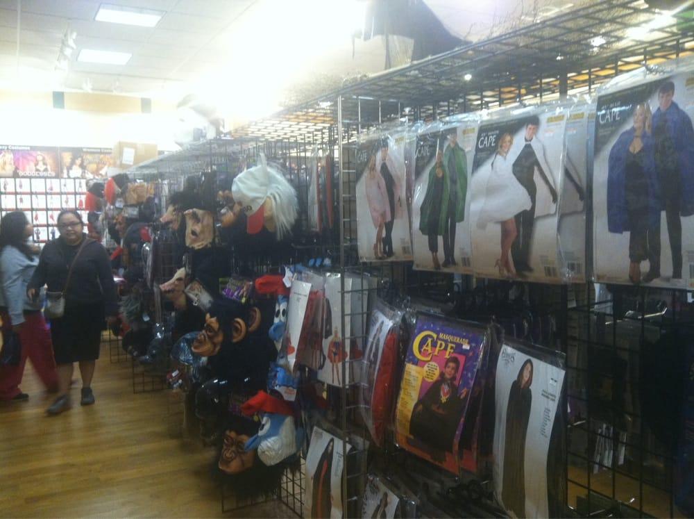Halloween Adventure: 21100 Dulles Town Cir, Sterling, VA
