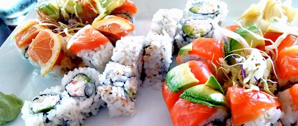 Sushi & Maki: 10822 SE 82nd Ave, Portland, OR