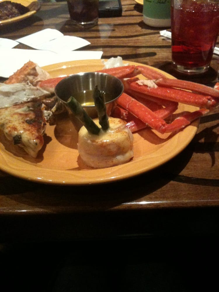 Crab legs and fish yelp for Fish buffet near me