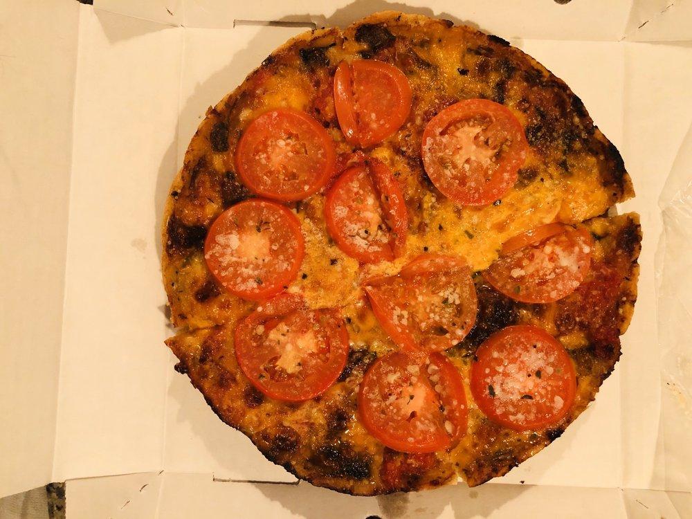 Lou Malnati's Pizzeria: 8799 N Port Washington Rd, Bayside, WI