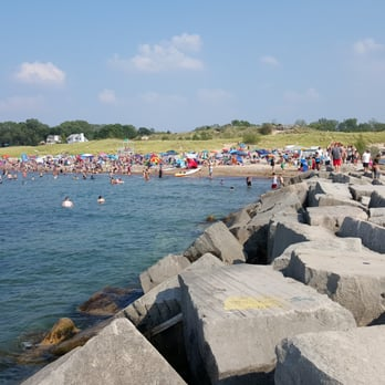 New Buffalo Beach 76 Photos 29 Reviews Beaches