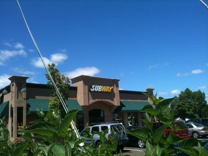 Subway: 2350 NW 9th St, Corvallis, OR