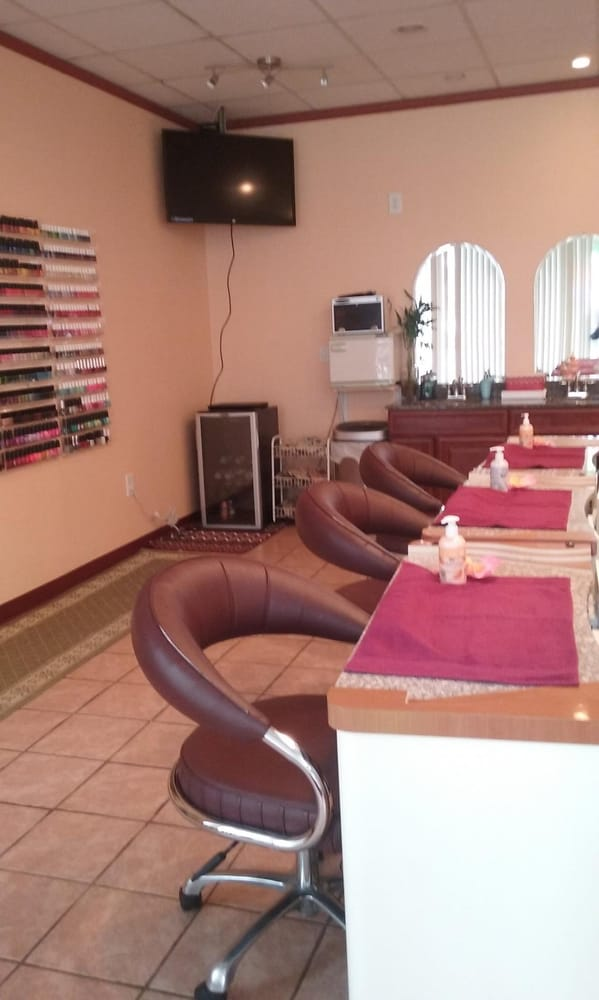 Impress nails spa 18 photos nail salons 471 essex for 18 8 salon reviews