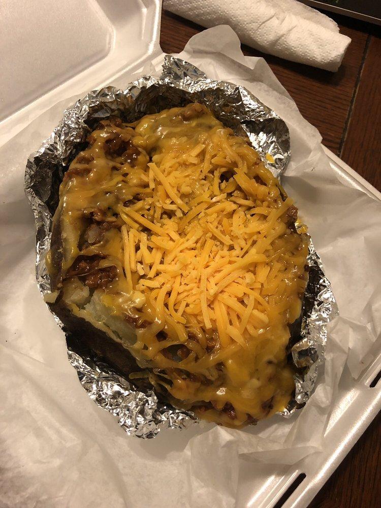 Spudtacular Potatoes: 4744 S Broadway Ave, Tyler, TX