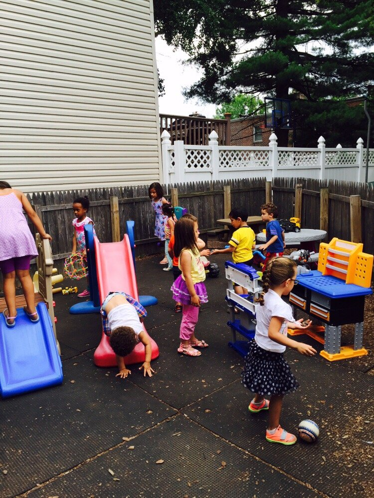 Love & Learn Daycare: 1559 Lurting Ave, Bronx, NY