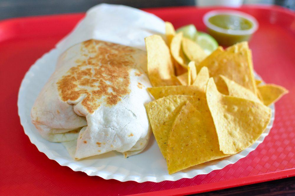Pineda Tacos: 60 Nathan Ln N, Plymouth, MN