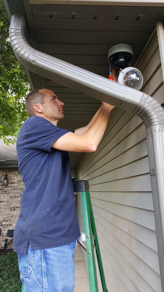 M Spinello & Son Locksmiths Safe & Security Experts: 522 Chestnut St, Rockford, IL