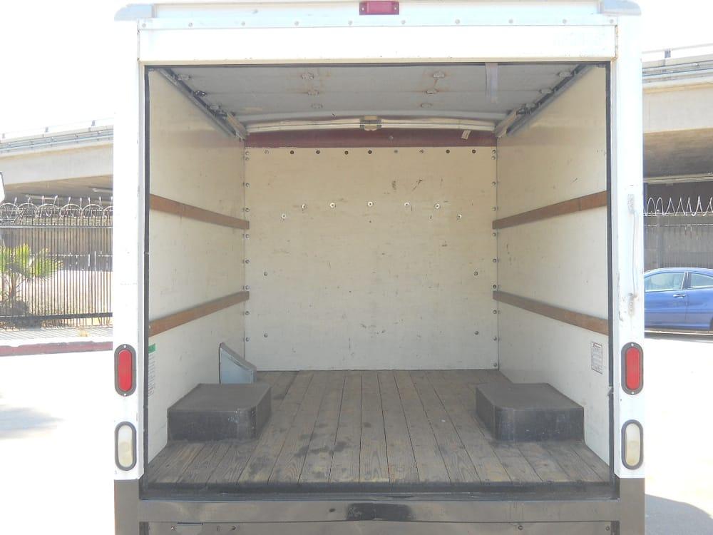 La truck center 26 foto noleggio camion 965 w for Noleggio di grandi cabine ca