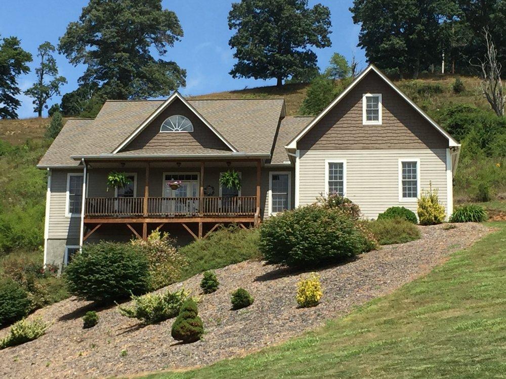 WNC Home Builders: 8325 Carolina Blvd, Clyde, NC