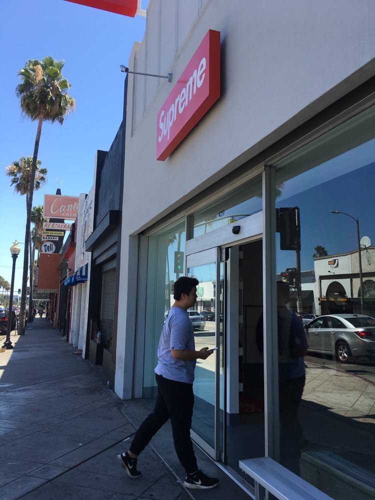 Photo of Supreme - Los Angeles c03d7a4fb