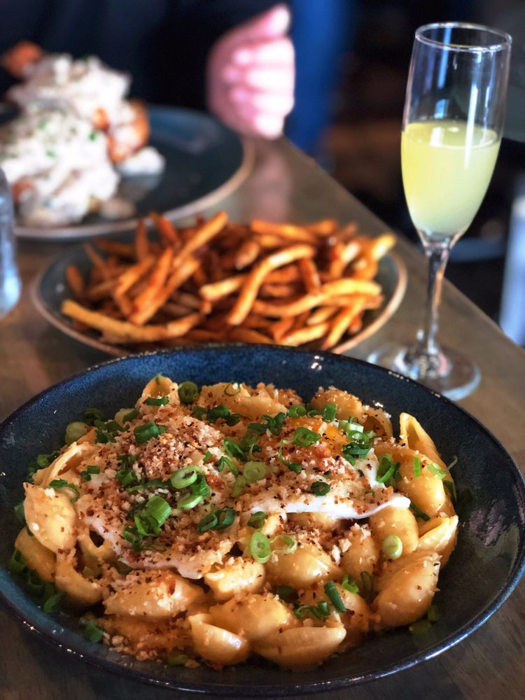 Southern Table Kitchen & Bar: 39 Marble Ave, Pleasantville, NY