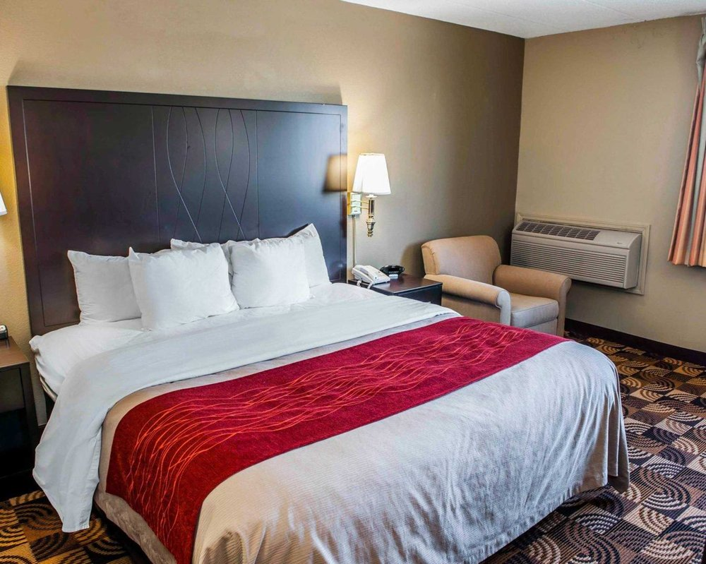 comfort inn suites north at the pyramids 44 photos 14 reviews