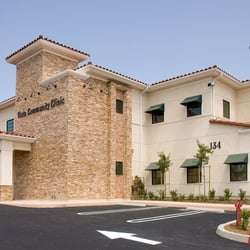 Vista community clinic 103 recensioni centri medici for 1000 vale terrace dr vista ca 92084