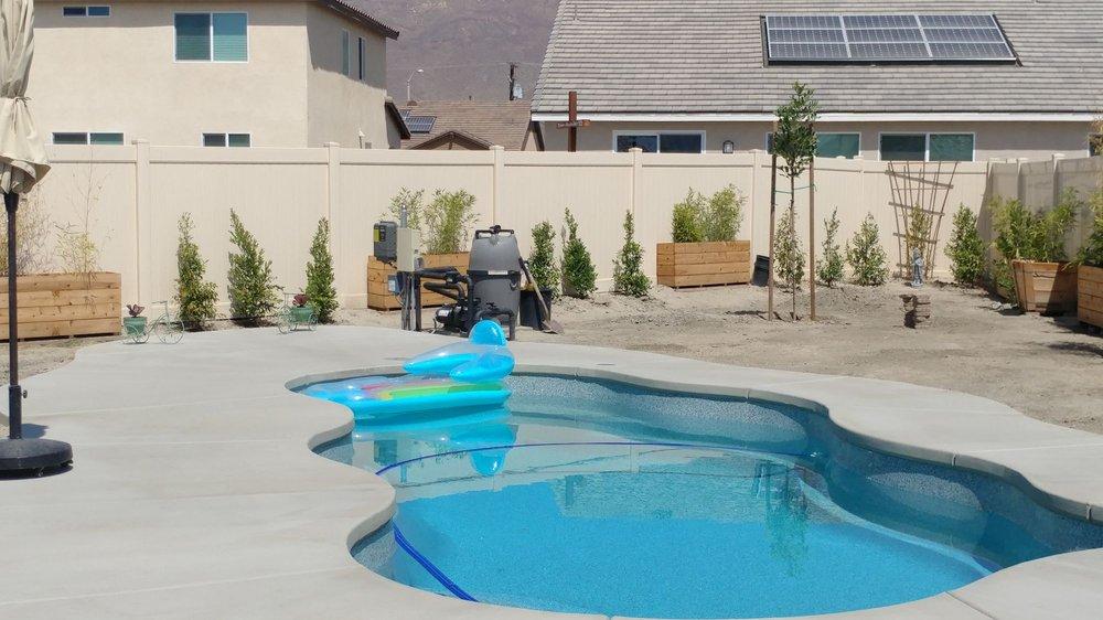 Quality Fiberglass Pools: 32497 Hwy 74, Hemet, CA