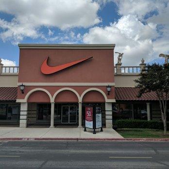 074ea836082d Nike Factory Store - 20 Photos   15 Reviews - Shoe Stores - 3939 ...