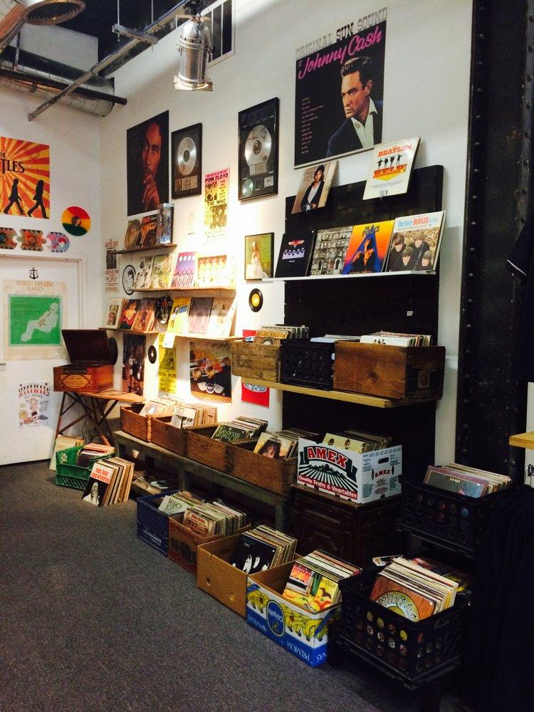 Soulriders - CLOSED - 16 Photos & 14 Reviews - Skate Shops