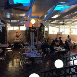 La Parrilla Mexican Restaurant Wilshire