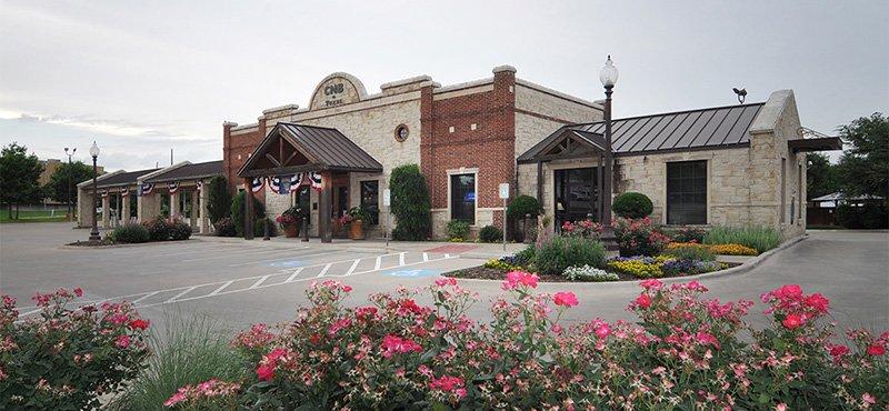 Citizens National Bank of Texas: 500 E Ennis Ave, Ennis, TX