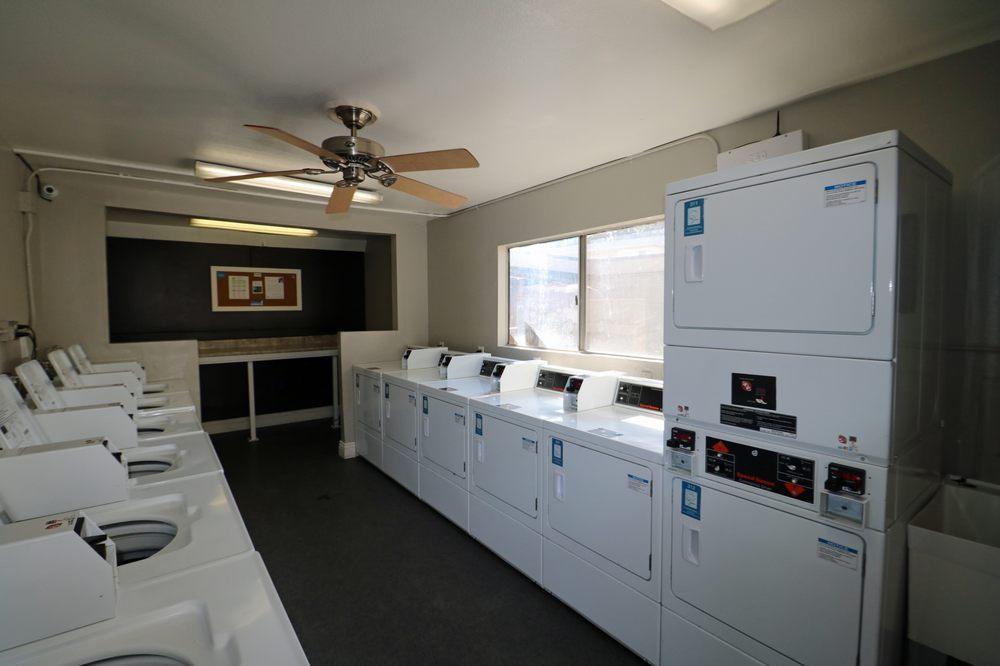 Pacific Trails Luxury Apartment Homes: 18615 E Arrow Hwy, Covina, CA